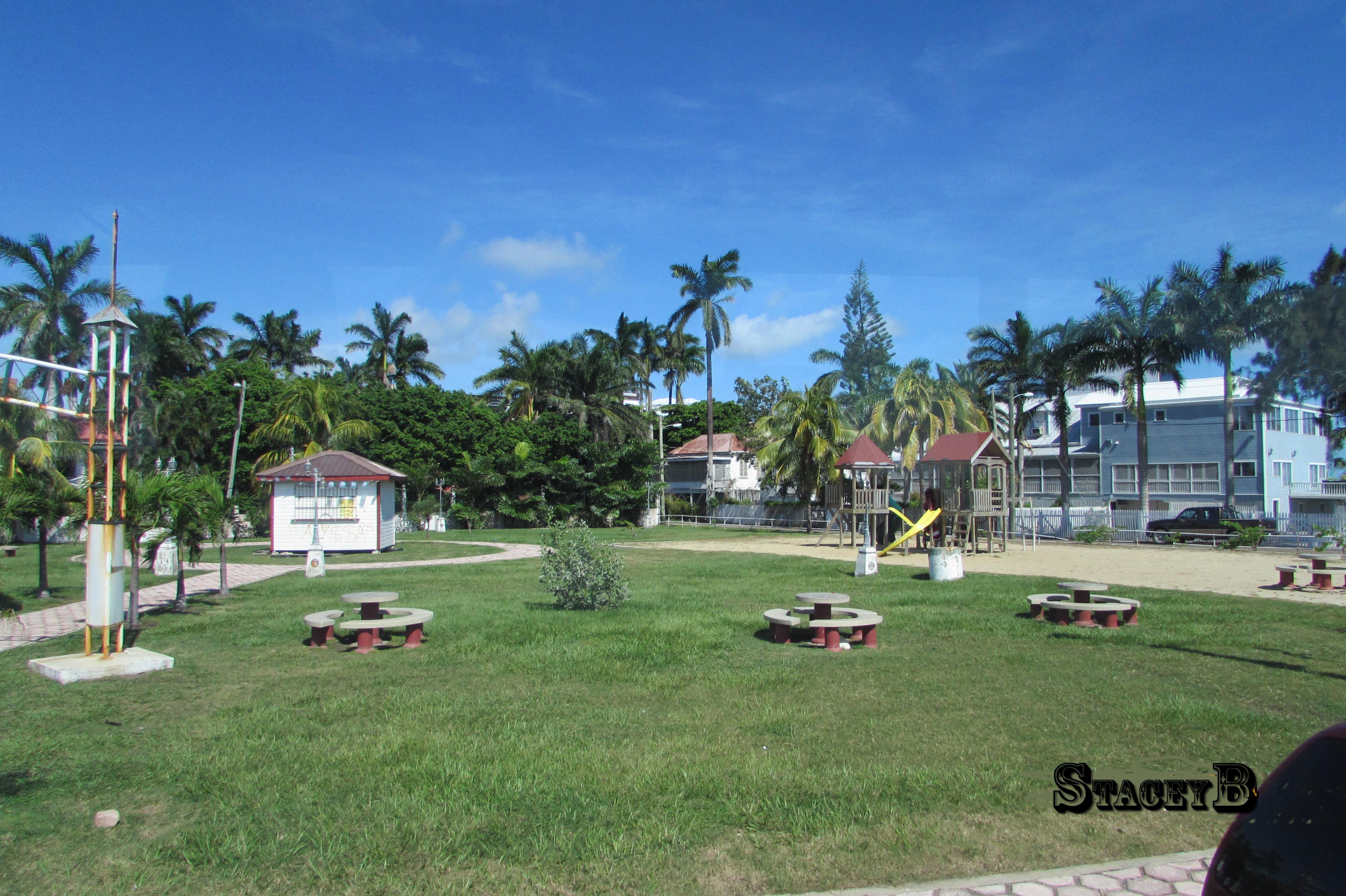 Belize 10